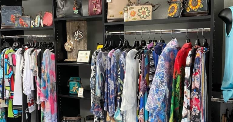 Clothing and accessories at Cinzia women's clothing store